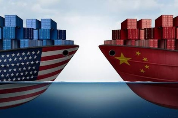 Deadline For Tariffs To Approach, Trump Returns To Send Envoys To China